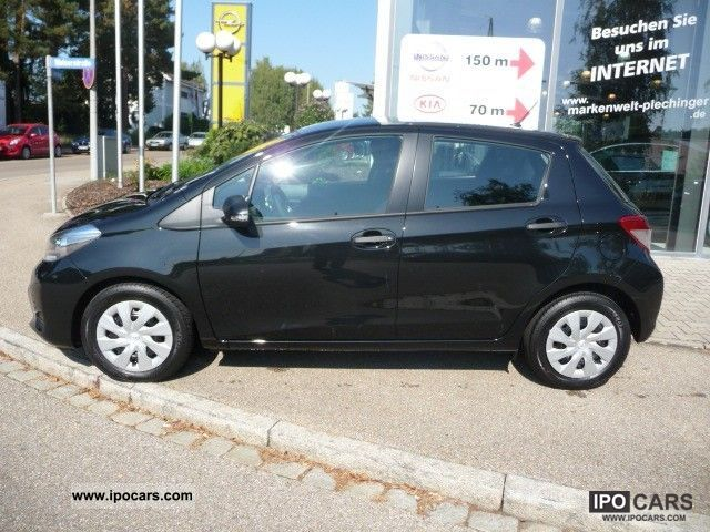 2012 toyota yaris 1 0 vvt i cool car photo and specs. Black Bedroom Furniture Sets. Home Design Ideas