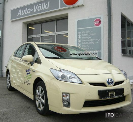 Toyota  Prius (hybrid) m. LEATHER / foil-wrapped 2010 Hybrid Cars photo
