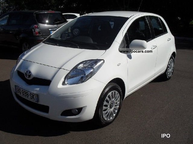 2011 toyota yaris vvti 69 millennium 5p car photo and specs. Black Bedroom Furniture Sets. Home Design Ideas