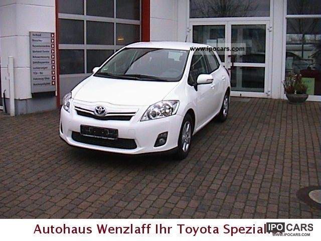 Toyota  Auris hybrid Life 8.1 3.8 L 5 verb.Klima Ja.Garan 2011 Hybrid Cars photo