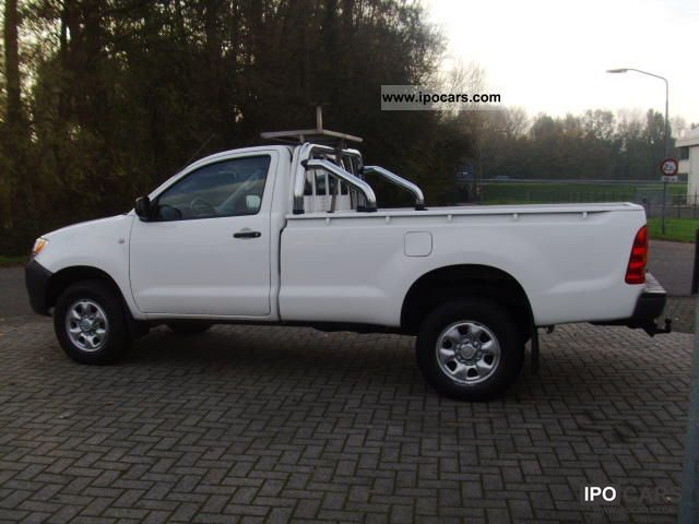 toyota hilux  single cab sol airco car photo