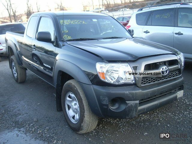2011 Toyota  TACOMA Off-road Vehicle/Pickup Truck Used vehicle 			(business photo