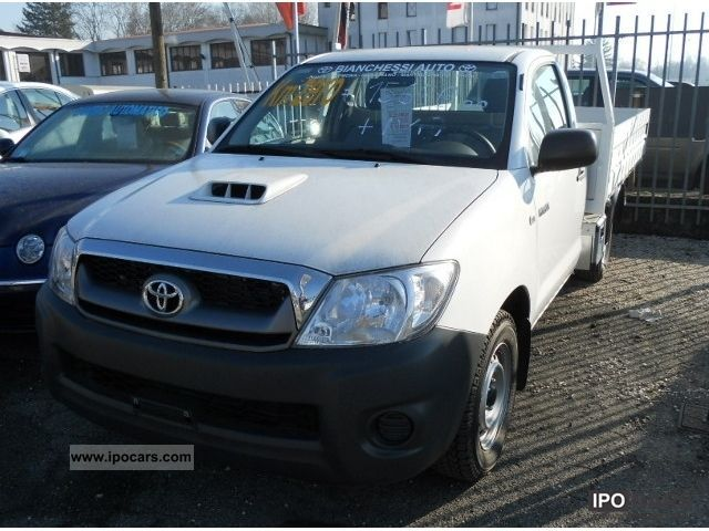 2012 Toyota  Hilux 2.5 4X2 CAB CHASSIS Off-road Vehicle/Pickup Truck Used vehicle photo