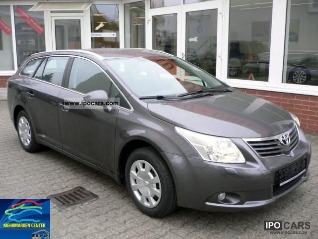2011 Toyota  * 1.8 Avensis Combi Edition * Navi Rückfahrk. * 4.99% * Estate Car Used vehicle photo