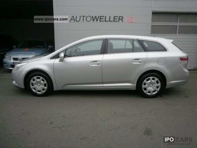 2011 toyota avensis combi 1 8 car photo and specs. Black Bedroom Furniture Sets. Home Design Ideas