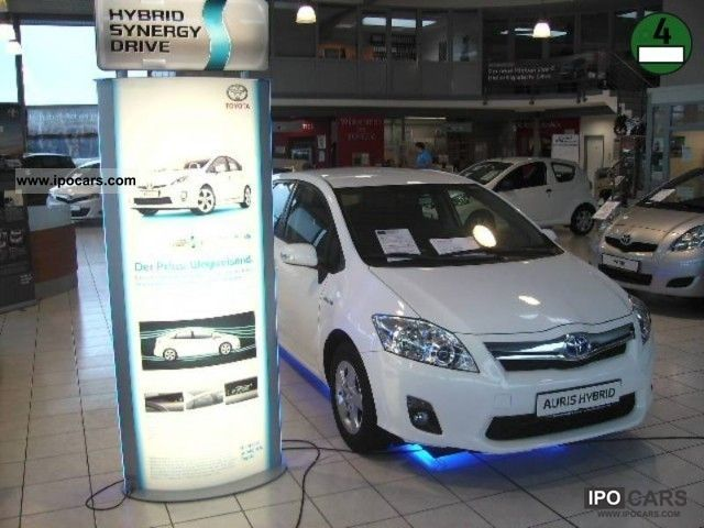 Toyota  Auris hybrid Life incl WINTER WHEELS! 2011 Hybrid Cars photo