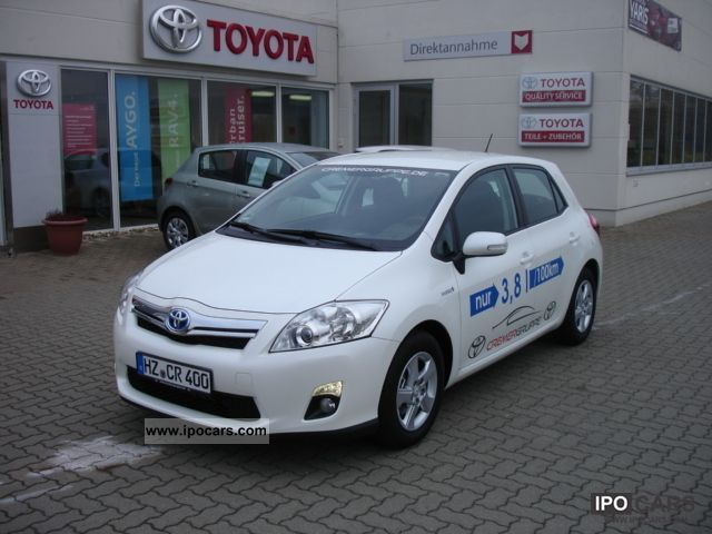 2011 toyota auris hybrid car photo and specs. Black Bedroom Furniture Sets. Home Design Ideas