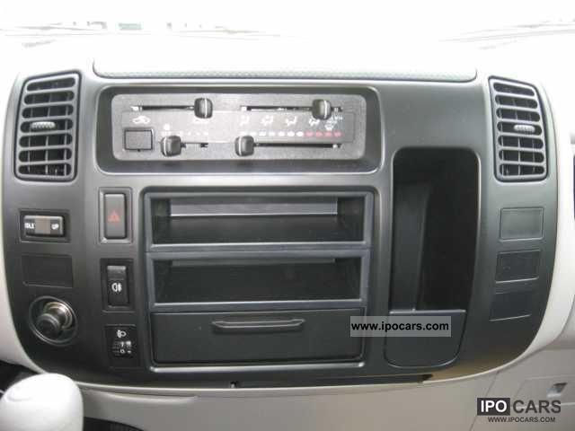 2011 Toyota Dyna 100 Alupritsche