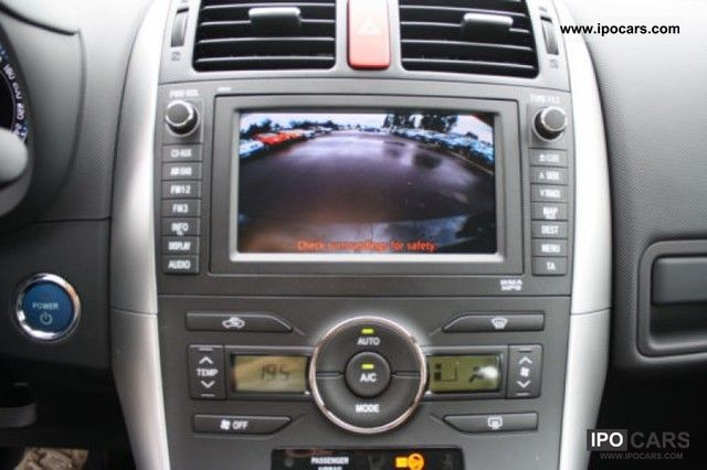 2011 toyota hsd sol hybrid gps camera de recul car photo and specs. Black Bedroom Furniture Sets. Home Design Ideas