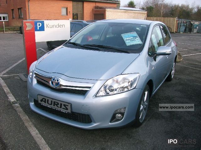 Toyota  Auris hybrid 8.1 DVD Executive - Navi Travel-Pak 2012 Hybrid Cars photo
