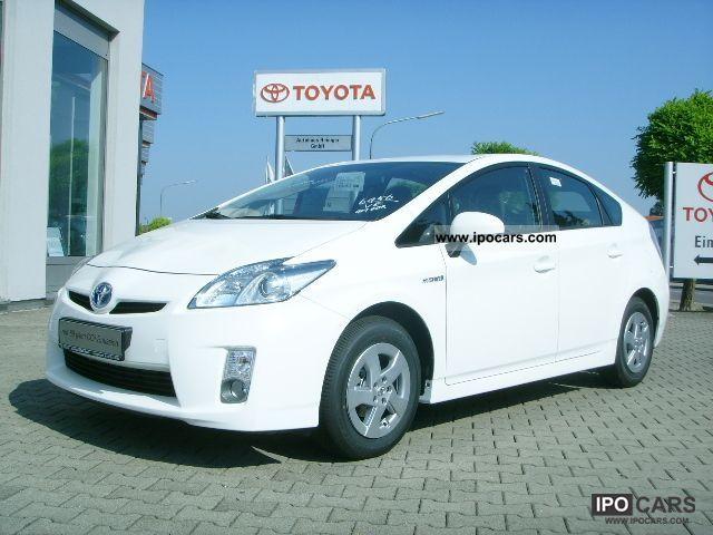 Toyota  Prius 1.8 Hybrid Navi PDC climate control 2011 Hybrid Cars photo