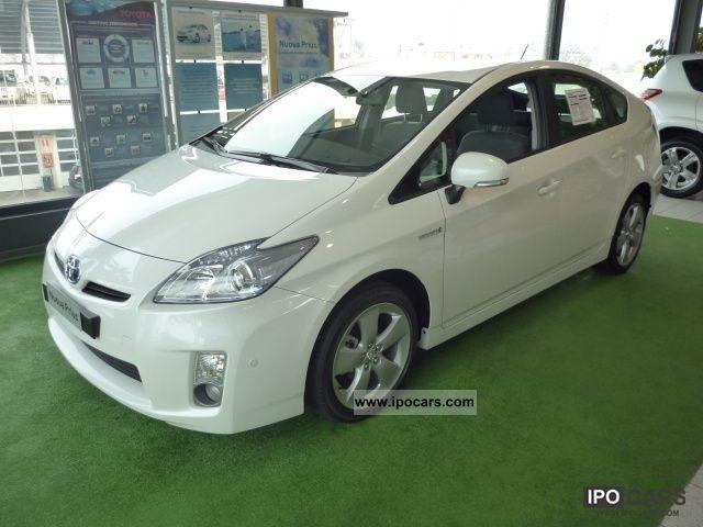 Toyota  Prius 1.8 hibrid 2012 Hybrid Cars photo