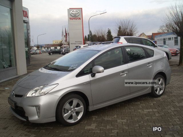 Toyota  Prius 1.8 Hybrid Comfort Package MJ Life PDC 2012 2011 Hybrid Cars photo