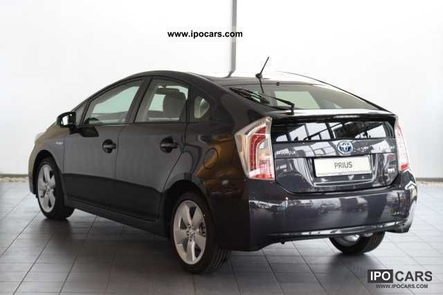 2012 toyota prius hybrid life new model 2012 navi car photo and specs. Black Bedroom Furniture Sets. Home Design Ideas