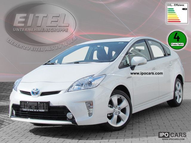 2011 Toyota  Prius 1.8 Hybrid Life KLIMAAUTOMATIK NAVIGATION Limousine New vehicle photo