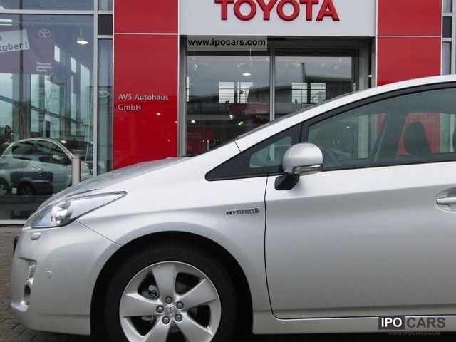 Toyota  Prius (hybrid) Executive 2012 Hybrid Cars photo