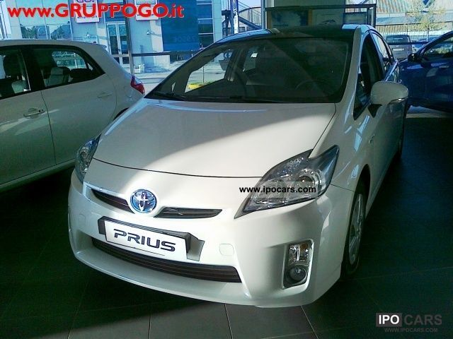 Toyota  Prius 1.8 Active 2011 Hybrid Cars photo