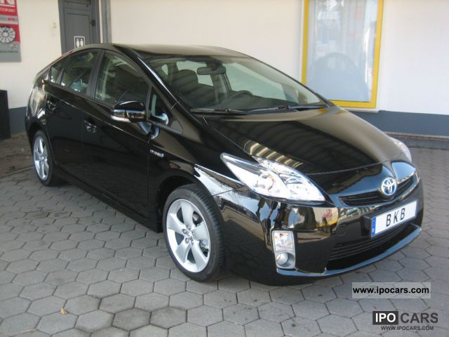 Toyota  Prius navigation / rear camera / leather 2011 Hybrid Cars photo
