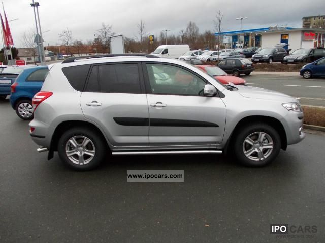 2012 toyota rav 4 2 2 d 4d 4x2 life travel package schiebedac car photo and specs. Black Bedroom Furniture Sets. Home Design Ideas