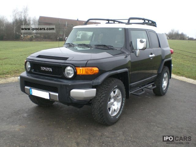 2008 Toyota  FJ 4x4 4.0L V6 manual transmission Off-road Vehicle/Pickup Truck Used vehicle photo