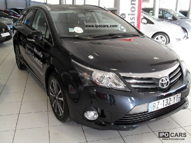 2012 toyota 124 d4d avensis break style car photo and specs. Black Bedroom Furniture Sets. Home Design Ideas