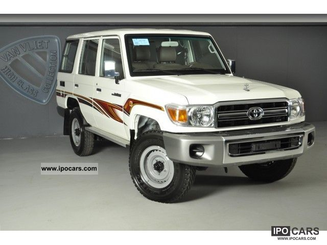 2011 Toyota  Land Cruiser Hardtop 5 doors Off-road Vehicle/Pickup Truck New vehicle photo