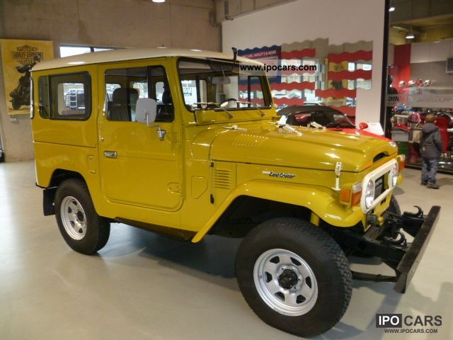 Toyota  FJ 40 L V-KCW 1977 Vintage, Classic and Old Cars photo