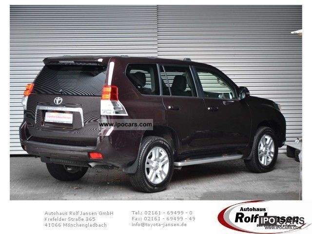 2011 Toyota  Landcruiser TEC EDITION * NAVI * LEATHER * AUTOMATIC. * Off-road Vehicle/Pickup Truck Employee's Car photo