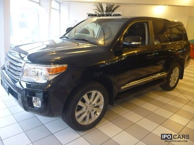 2012 Toyota  Land Cruiser V8 D-4D automatic Executive Facelif Off-road Vehicle/Pickup Truck Pre-Registration photo