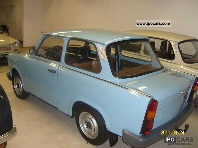 1988 trabant 1 1 car photo and specs. Black Bedroom Furniture Sets. Home Design Ideas