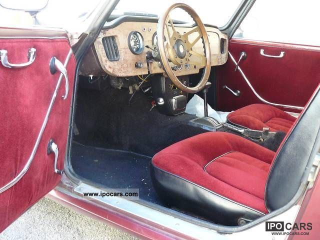 Triumph  TR4A 302er Coupé V8 engine 1968 Vintage, Classic and Old Cars photo
