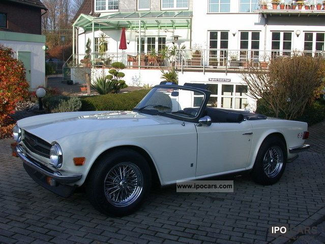 Triumph  TR6 1975 Vintage, Classic and Old Cars photo