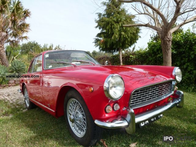 Triumph  Italia 2000 GT 1963 Vintage, Classic and Old Cars photo