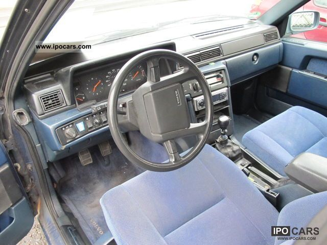 1989 Volvo 740 GL - Car Photo and Specs
