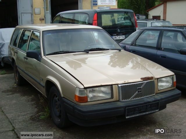 1994 Volvo  2.3i with 940 gas system! LEATHER AIR ... Estate Car Used vehicle photo