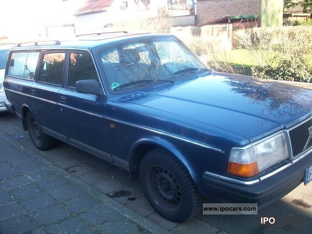 1991 Volvo 240 - Car Photo and Specs