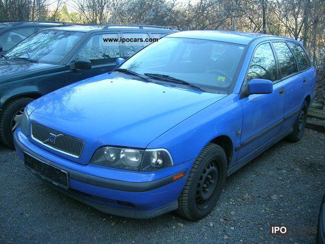 2001 Volvo V40 1 8 Car Photo And Specs