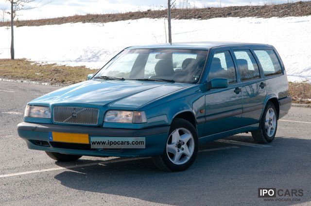 1997 volvo 850 2 5 combi checkbook mot insp new car. Black Bedroom Furniture Sets. Home Design Ideas