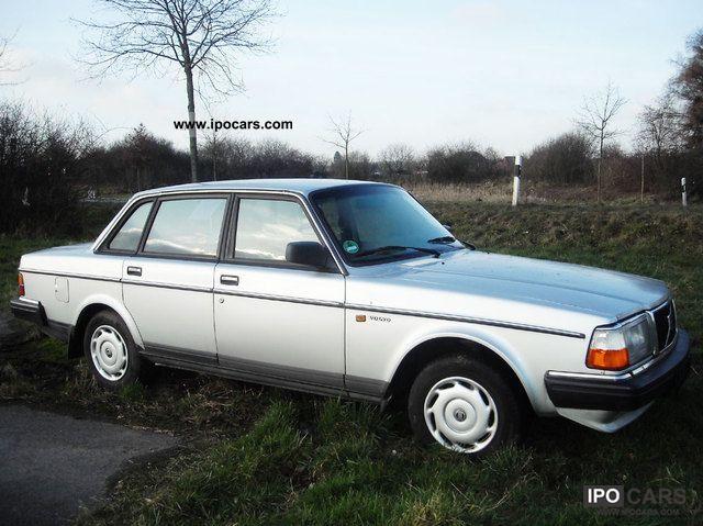 1988 Volvo  240 244 245 checkbook TUV 5/2013 in North Rhine-Westphalia Limousine Used vehicle photo