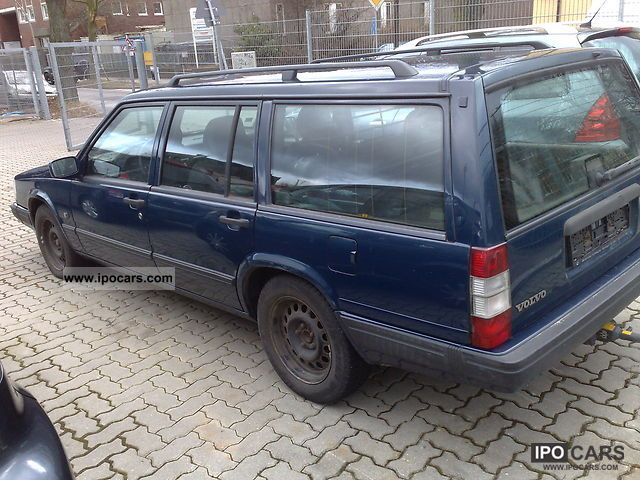 1998 Volvo 945 Turbo 2 3 T Classic Car Photo And Specs