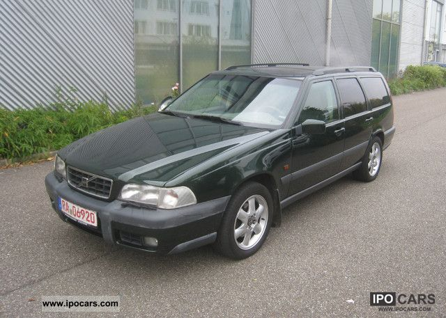 1998 volvo xc 70 fully equipped car photo and specs. Black Bedroom Furniture Sets. Home Design Ideas