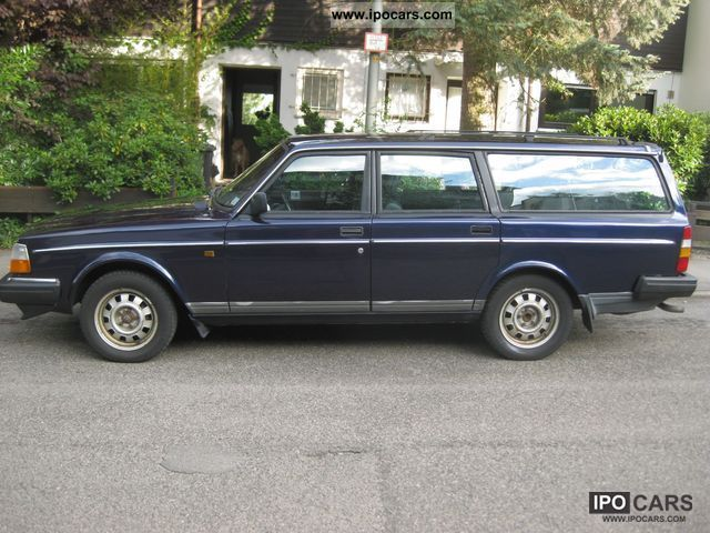 1992 Volvo  240 GL Classic Estate Car Used vehicle photo