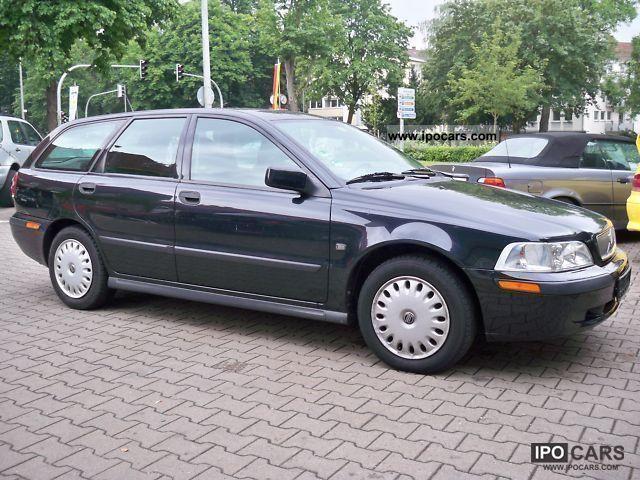 2002 Volvo V40 1.6 - Car Photo and Specs