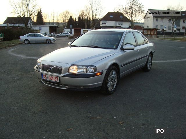 2000 Volvo  S80 T6 Tiptronic climate of leather 17-inch aluminum Limousine Used vehicle photo