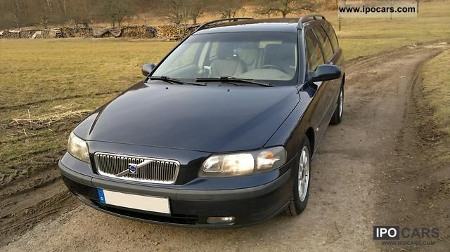 2001 Volvo  V70 2.5D - checkbook! Toothed, Inspection, service new!. Estate Car Used vehicle photo