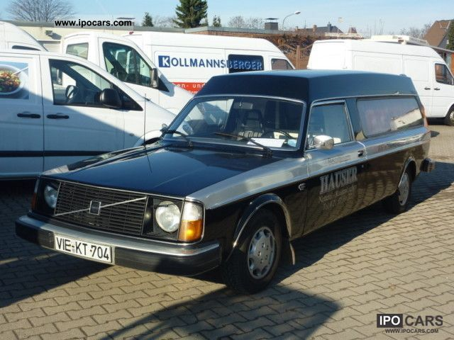 Volvo  Hearse 131000km 1977 Vintage, Classic and Old Cars photo