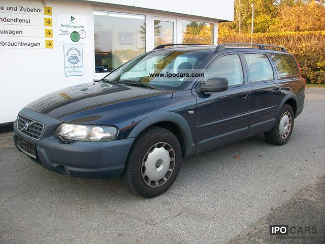 2000 Volvo  XC 70 Cross Country Estate Car Used vehicle photo