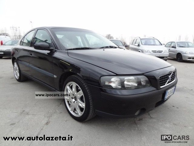 2004 Volvo S60 2.4 20V D5 cat Momentum - Car Photo and Specs