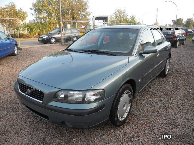 2003 Volvo  S60 2.5T AUTOMATIC AIR + + ESP + EURO 4 Limousine Used vehicle photo
