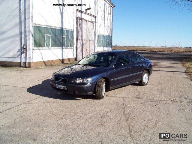 2004 Volvo  S60 2.4 Auto Premium top condition Limousine Used vehicle photo